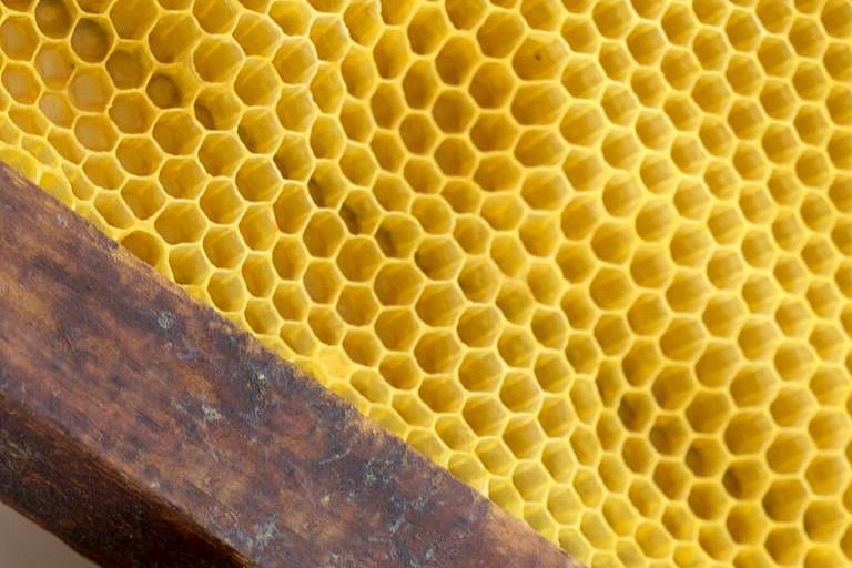 Cera de abeja natural para jabón